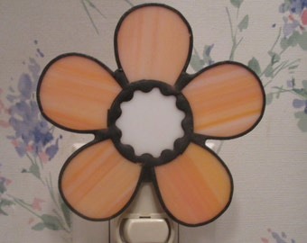Daisy Night Light in Stained Glass - Flower Night Light - Red or Peach