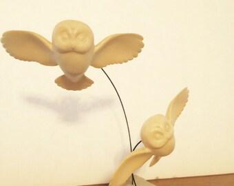 Vintage Owls in Flight Marvin Wernick Figurine