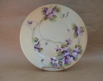 SNB Shofu Nagoya Handpainted Purple Flower Plate