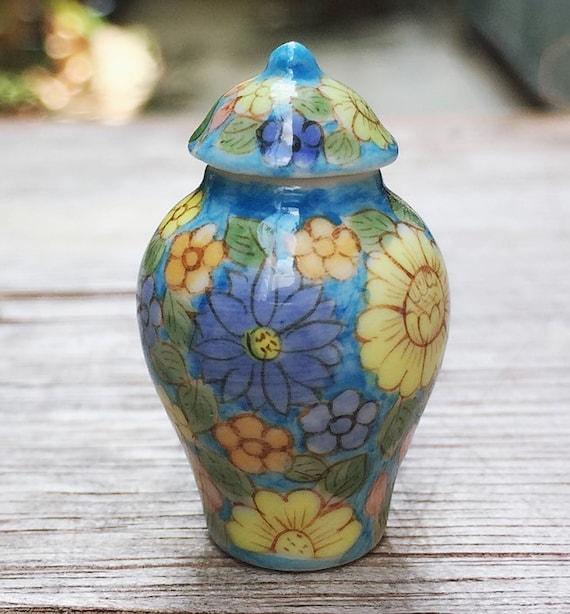 Miniature Vase,Miniature Ceramic Vase,Dollhouse Flora Vase,Dolls and miniature,Small vase,Miniature flower vase,miniature flora vase