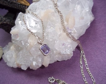 Pendant Necklace Sterling Silver Pale Amethyst Colored VN303