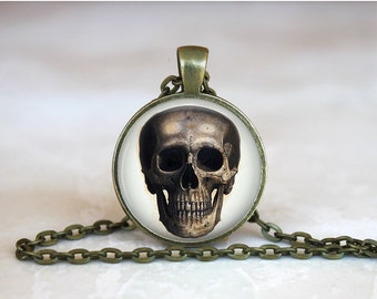 GOTHIC SKULL Pendant •  Anatomical Jewelry •  Steampunk Pendant • Gift Under 20 • Made in Australia (P0517)