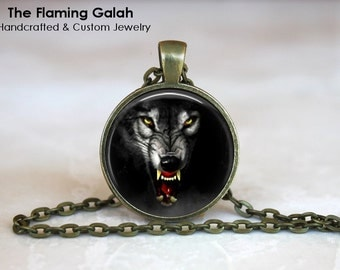 SNARLING WOLF Pendant • Growling Wolf • Wolf Face • Game of Thrones Wolf • Gift Under 20 • Made in Australia (P1103)