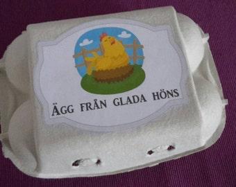 Stickers till äggkartong. Ägg från glada höns. Passar äggkartong för 6 st ägg. 5 etiketter