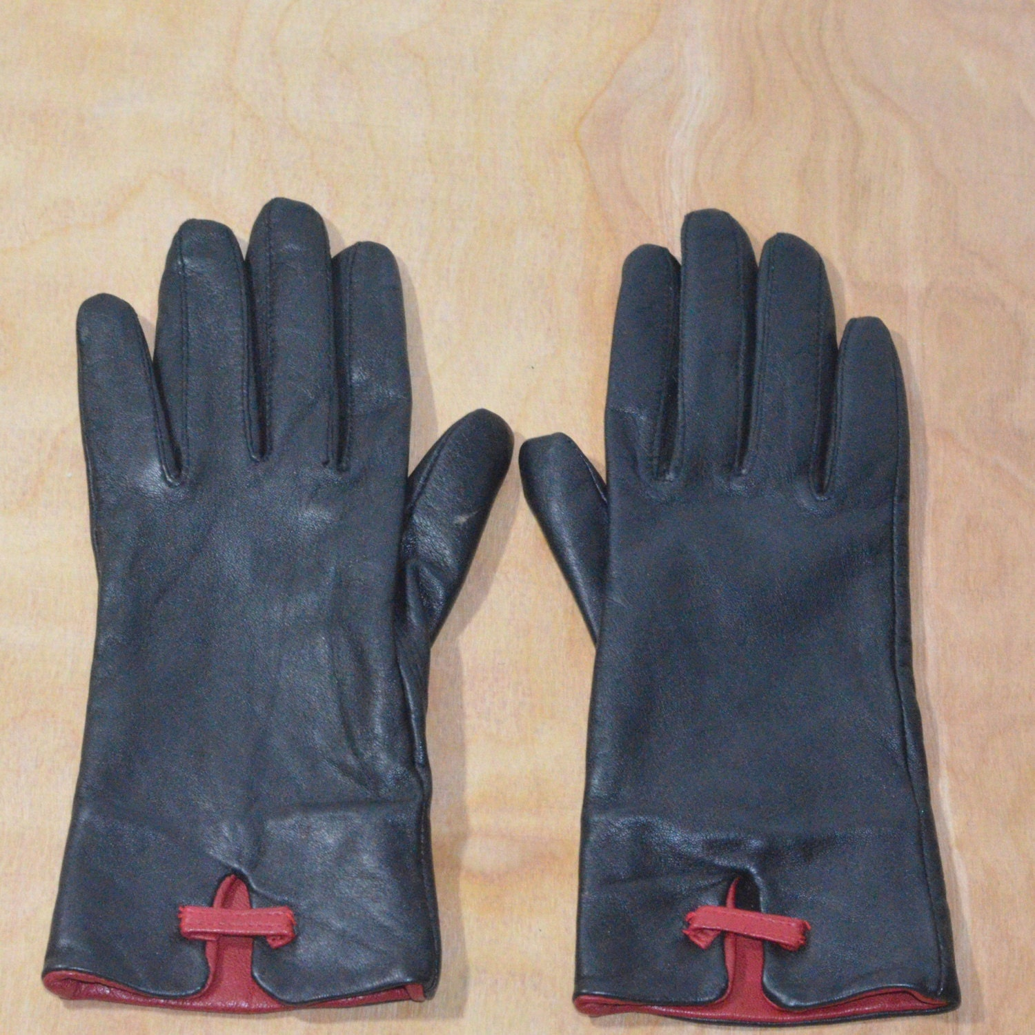 Cole haan black leather gloves - Cole Haan Black Leather Gloves 48