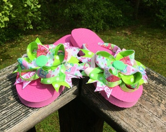 Pink And Green Owl Boutique Bow Girls Size Medium 13/1Flip Flops. Boutique Bow/Pink/Green/Owl/Medium/13-1