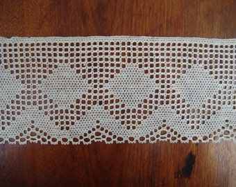 SALE 9 yds wide antique cotton lattice filet lace vintage