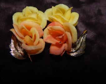 Vintage Plastic Flower Earrings Orange and Yellow Flower Clip On Earrings Gold Stem