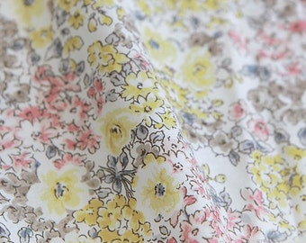 Lovely Flowers Pattern Cotton Fabric (C82204)- Yellow