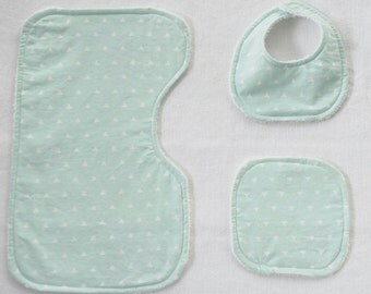Baby Burp Cloth, Bib and wash cloth Set
