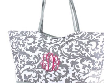 "25"" Personalized Damask Weekender/Beach Bag/Tote zippered closure FREE Name/Monogram 2 colors - Brides, Bridesmaids, Graduation, Birthday"