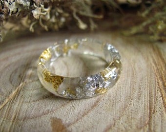 Clear Resin Ring Stacking Gold Silver Flakes Transparent Ring Faceted Ring Eco Resin Jewelry Minimal Ring Clear Ring Gift for Women For Her