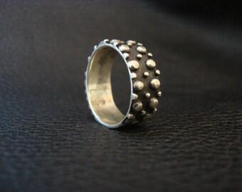 Silver / Black Nub Ring Vintage