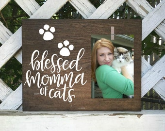 Cat Mom picture frame. I love my cats. Cat picture frame. Cat decor. pet picture frame