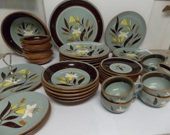 Stangl Art Pottery Golden Harvest Dinnerware Set 47 Pieces