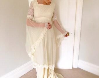 Vintage 1970s Chiffon Lace Boho Wedding Dress Vanilla Chiffon Bridal Gown Game of Throne