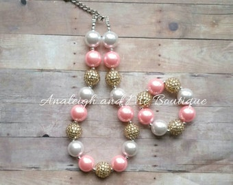 Pink and Gold Chunky Necklace, Baby Necklace, Toddler Necklace, Chunky Bead Necklace, Pink and Gold,  Pink and Gold Toddler Neckl