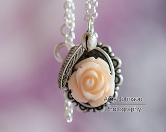 Rose wing Necklace