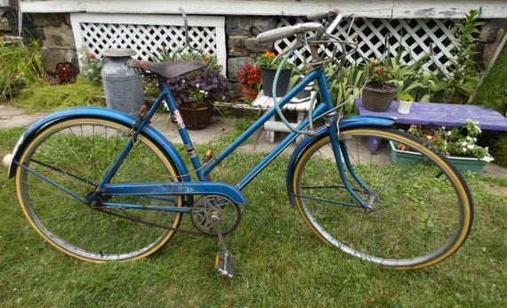 Vintage Girls WWII Raleigh Bike Bicycle