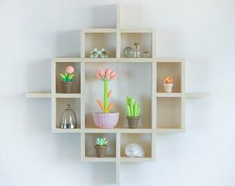 Small Shadow box, Shadow Box shelf, Miniature shadow box, wooden Shadowbox, Miniature display case, Wall shadow box, wooden shadow box