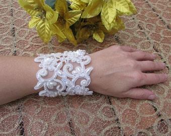 Bridal lace wedding bracelet, Ivory lace bracelet with bead embroidery, Wedding lace jewelry, Wedding flower bracelet, Lace flower cuff
