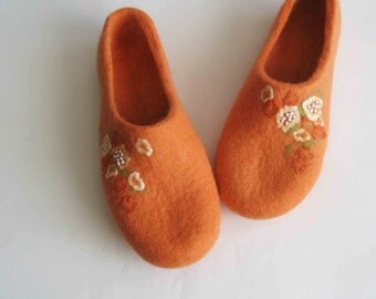 Felted womens slippers, spring gift for her
