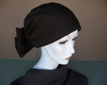 Vintage 1970's Woman's Brown  Hat ~ Boho, Hippie, Stretchy Skull Cap Hat With Huge Bow ~ Could Be Worn With Bow In Front ~ Great Condition