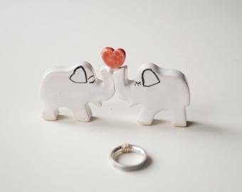 White Elephant Cake Topper, Wedding Cake Topper, Wedding Cake Decor, Elephant Couple Cake Topper by Her Moments