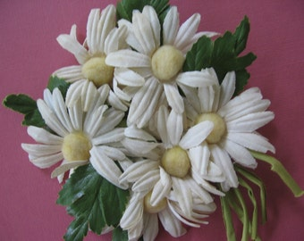 Vintage Daisy Corsage Everlasting White Cotton Petals with Pale Yellow Pompom Center, Green Wired Satin Sheen Leaves - 1960's