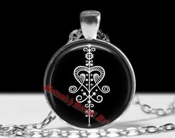 ERZULIE / YEMAYA veve talisman, African Voodoo amulet, Haitian, New Orlean, Louisiana vodou necklace, ritual necklace, magic pendant #375