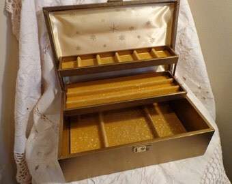 Vintage Gold Mele Style Jewelry Box , Gold Leatherette Jewelry Box wth Gold Velvet Lining