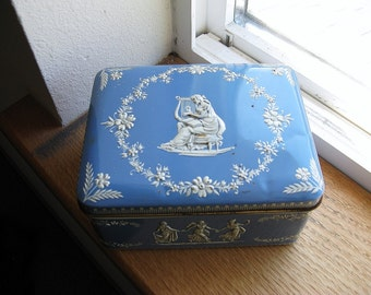 Pretty Vintage Holland Tin toffee/cookie Box with Wedgwood Design, use for Trinket Box