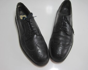 THE HANOVER SHOE Long Wing Tip Oxford Shoes Size: 10.5 Men's Leather Vintage A194