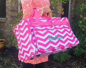 Monogrammed DUFFLE Bag, Pink Overnight Bag, Women Luggage, Women Duffle Bag, Girls Weekender Bag, Hospital Bag, Personalized Weekender Bag