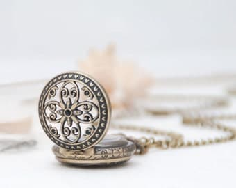 1 Piece Filigree Flower Pocket Watch/ Necklace Watch/ Watch Size: 27mm (1.06 inch)