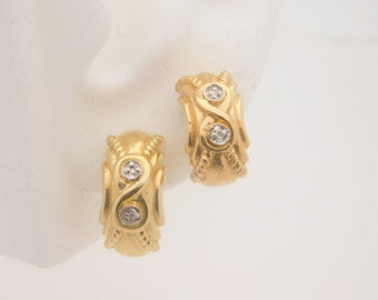 Ladies Round Cut Diamond Earrings 14K Yellow Gold