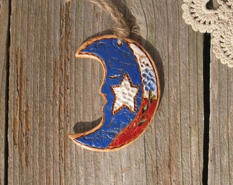 Small Texas Bluebonnet Moon Ornament / Texas Wildflower Moon Decor / Rustic Texas Cowboy Decor / Texas Christmas Decoration / Handmade Gift