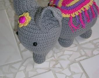 crochet elephant, elephant, gift, crochet, baby gifts, birthday gifts, handmade,