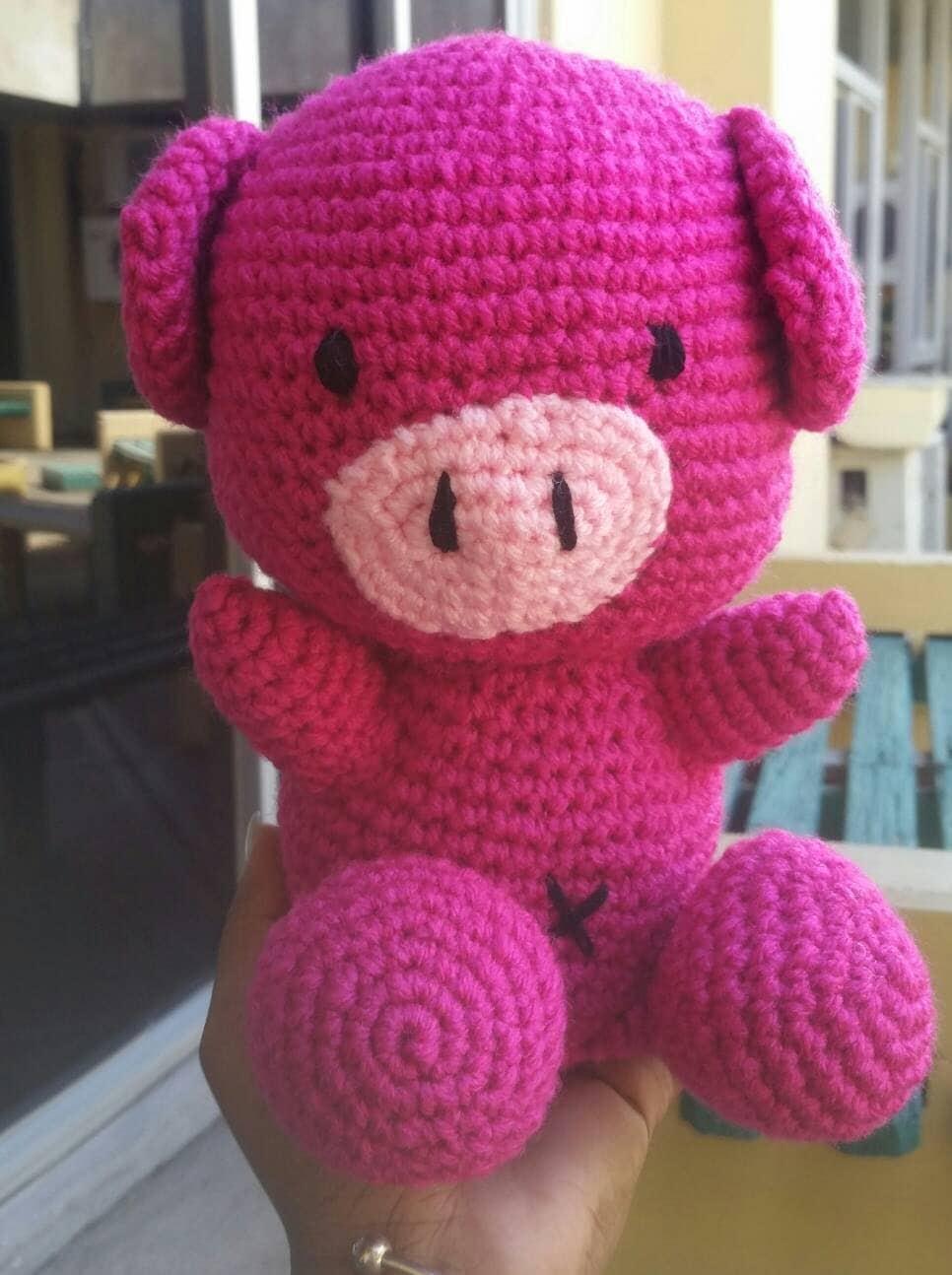 Crochet pig. Amigurumi pig. Amigurumi toys. Stuffed toys.