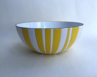 Gorgeous Catherine Holm Striped Enamel Bowl