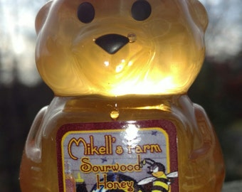 These are the Int'l Sourwood Honey Winner! 2 oz Sourwood Bear Certified 89% Sourwood. Mikell's Farm Honey is raw & uses organic practices.<3