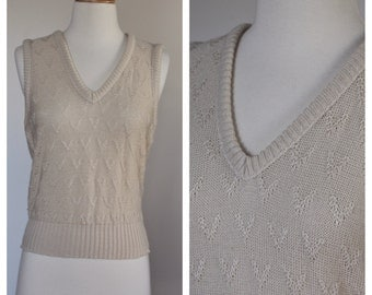 Vintage 1980's Heathers Cream Taupe Sleeveless Textured V Print Sweater Vest Elastic Waist Unmarked