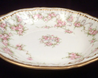 Theodore Haviland Limoges Schleiger 340 Dessert Bowl, Pink Roses, Double Gold Trim