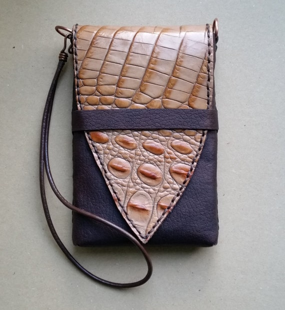 REPTILE LEATHER CROSSBODY Phone Case. 2-Tone Tan & Chocolate Brown Real Leather. Crossbody or Wristlet. iPhone 6, Samsung S5, S6 Pouch Bag.