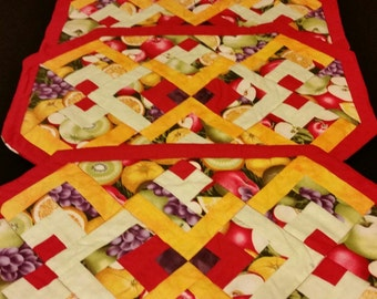 Fruit Placemat Set of 4 with Napkins