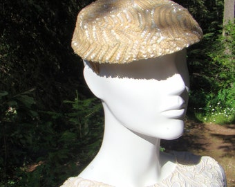 1950s Dressy Ivory Sequin Fascinator
