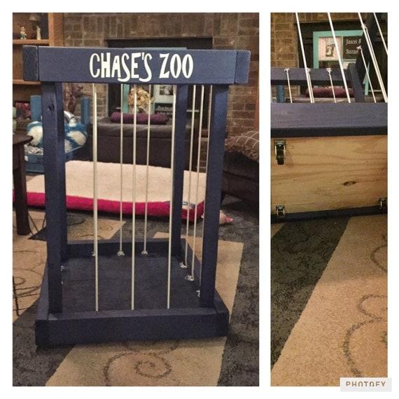 ... animals - kids room decor - toy organization - TOY BOX - toy storage
