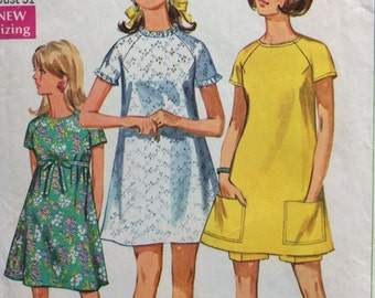 Simplicity 7580 misses A-line Jiffy dress and shorts size 7 bust 31 or size 10 bust 32 1/2 vintage 1960's sewing pattern