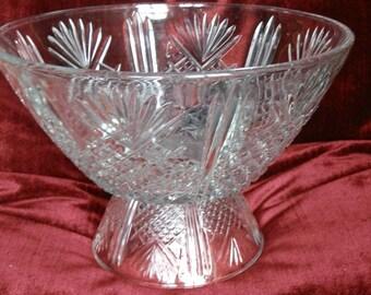 Large 1930's Glass Serving Bowl / Fruit Bowl / Trifle Bowl on Pedestal
