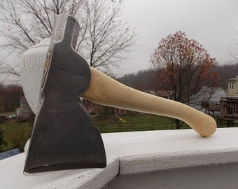 Crusader hatchet with new 13 inch handle of American Hickory